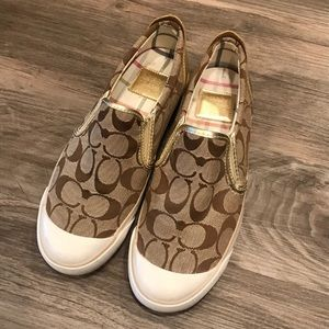 Coach Classic Printed Tan Sneakers Size 6.5
